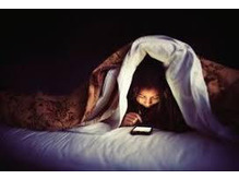 寝る直前のスマホ